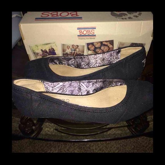 Skechers ballerinas size 8 These are in alms of new excellent condition to tight for me. Skechers Shoes Flats & Loafers