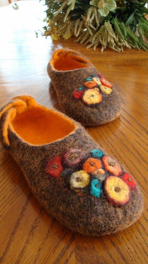 Handmade wool slippers using felting technique by Grazim on Etsy