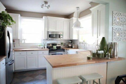 modèle de cuisine avec comptoir en bois