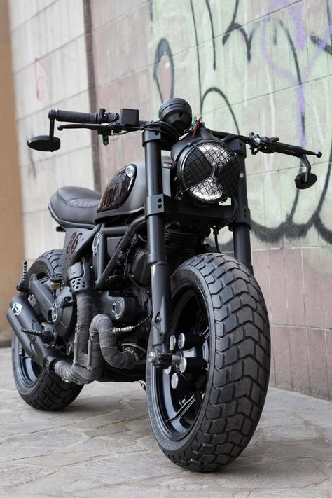 "Ducati Scrambler 800 ""Nightowl"""