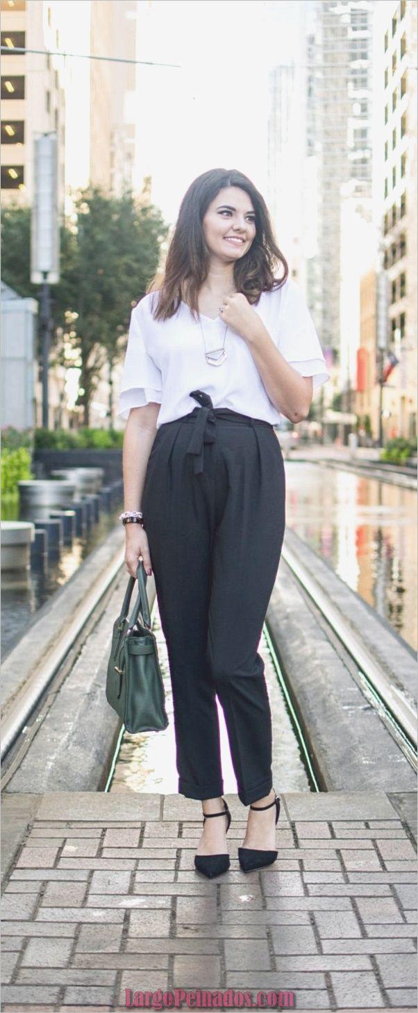 30 maneras elegantes de usar pantalones de bolsa de papel para el trabajo !