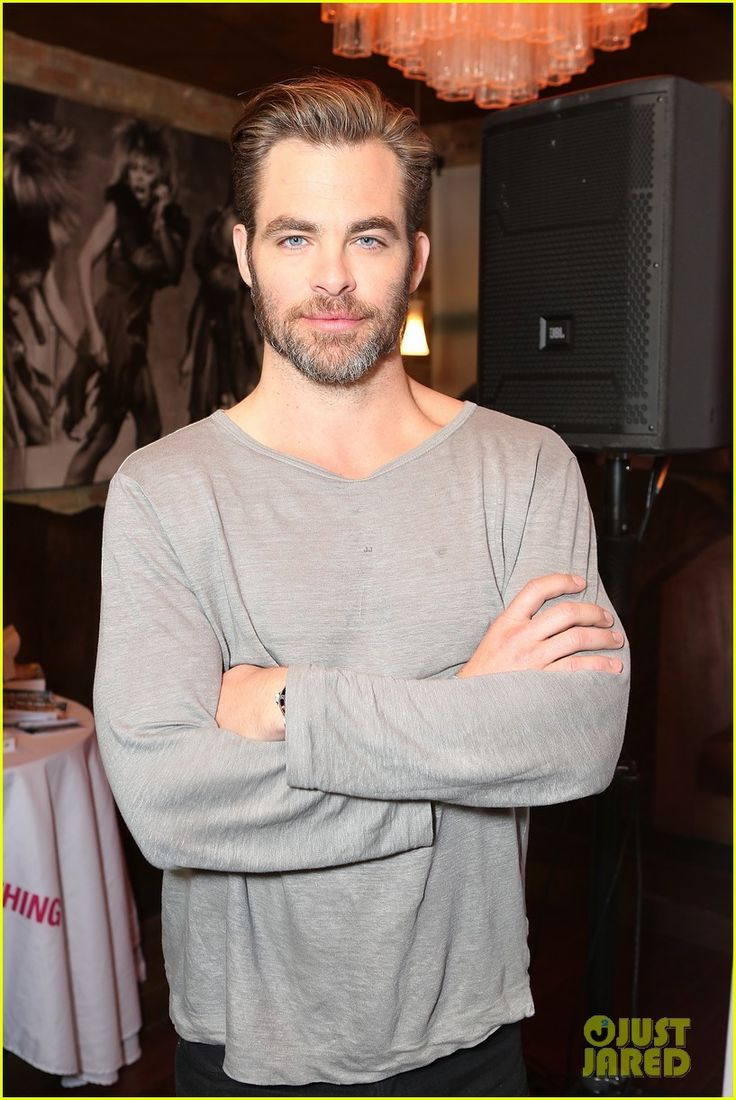 Chris Pine & Margot Robbie Bring 'Z for Zachariah' to Sundance! | chris pine margot robbie z for zachariah sundance 06 - Photo