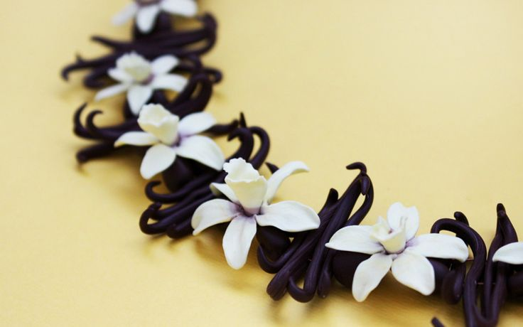 Wallpaper flowers, vanilla, vanilla flowers, wreath wallpapers ...