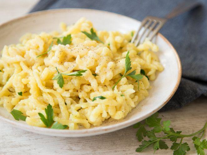 Vegane Spätzle: Schwäbischer Klassiker ohne Ei und Milch