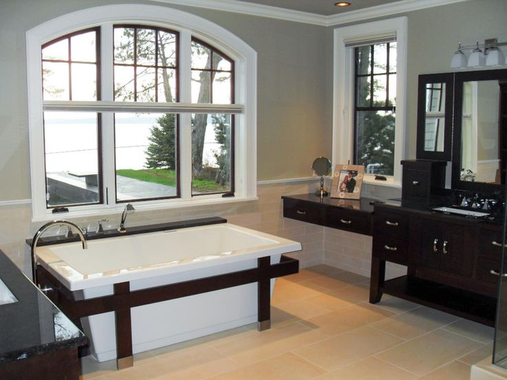 Pictures of Beautiful Luxury Bathtubs - Ideas & Inspiration | Bathroom Ideas & Design with Vanities, Tile, Cabinets, Sinks | HGTV