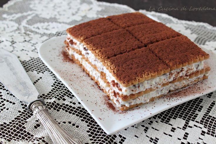 Lasciatevi conquistare da questa deliziosa e golosa Mattonella di biscotti con crema di ricotta e cioccolato e sarà subito amore