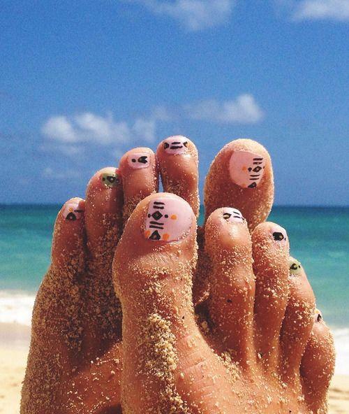 Tribal geometric nail polish art design & pattern combination. DIY hand & toe nail polish ideas from Goldfish Kiss.