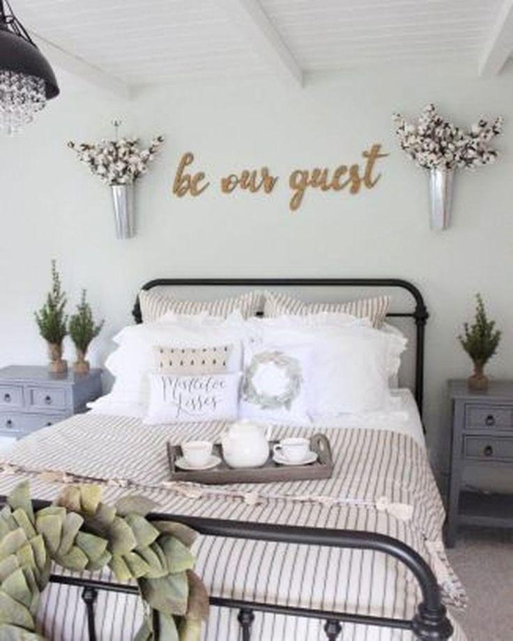 88 Beautiful Farmhouse Master Bedroom Ideas 1184