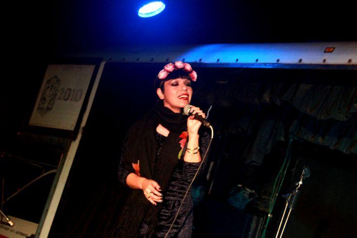 Siki Carpio vocalist of Cristina Creme.