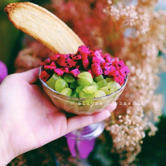"""I haVe dessert for breakfast: Dragonfruit"