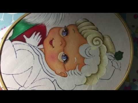 Pintura en tela en este vídeo te enseño a pintar el cabello y lente . no olvides suscribirte a mi canal