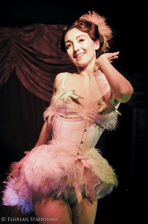 Sucre d'Orge, parisian burlesque dancer