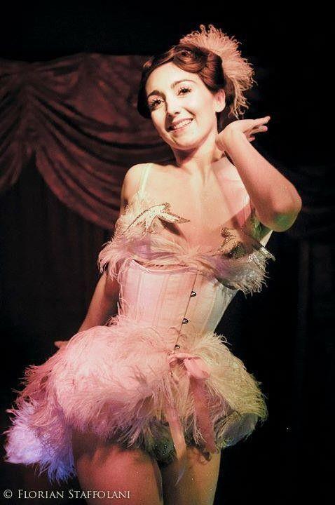 Sucre d'Orge, parisian burlesque dancer