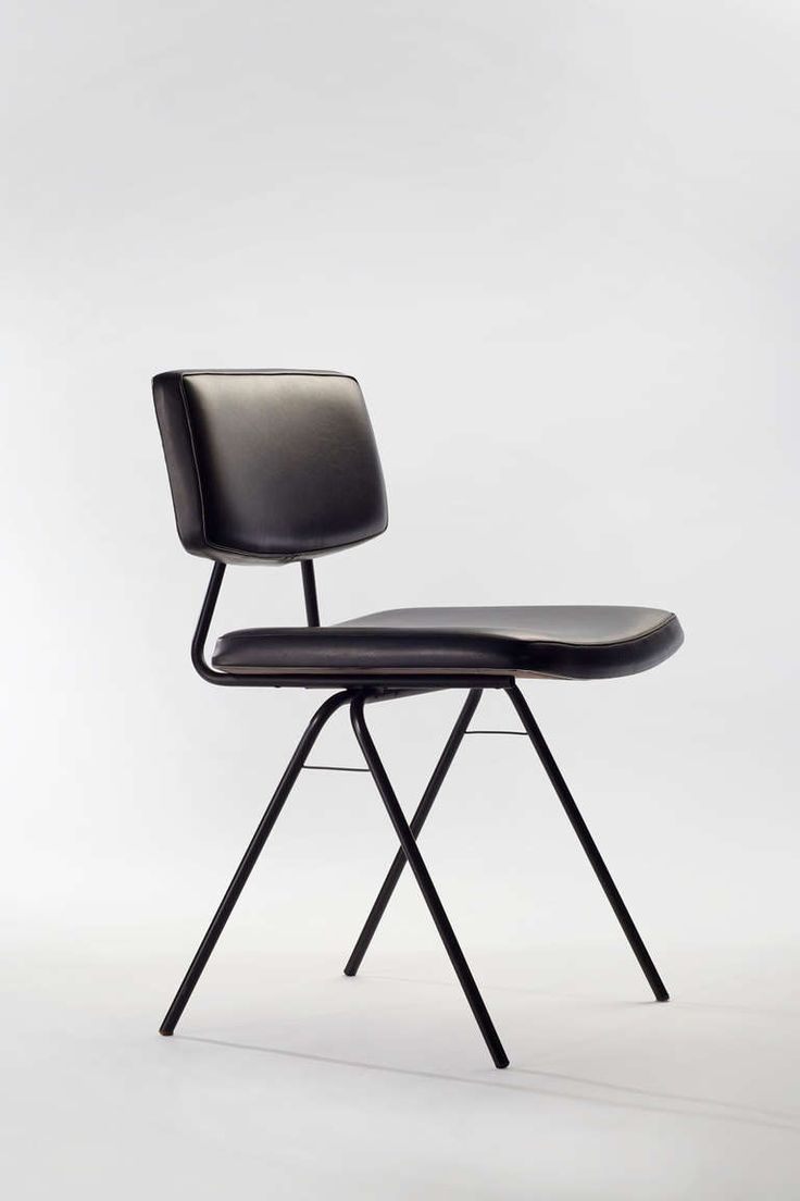 Designer metal chairs - Set Of Eight Compas Chairs By Pierre Guariche