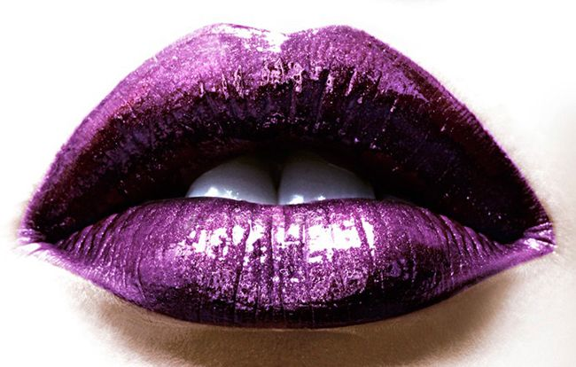 purple lips http://www.eyeshadowlipstick.com/?attachment_id=459#