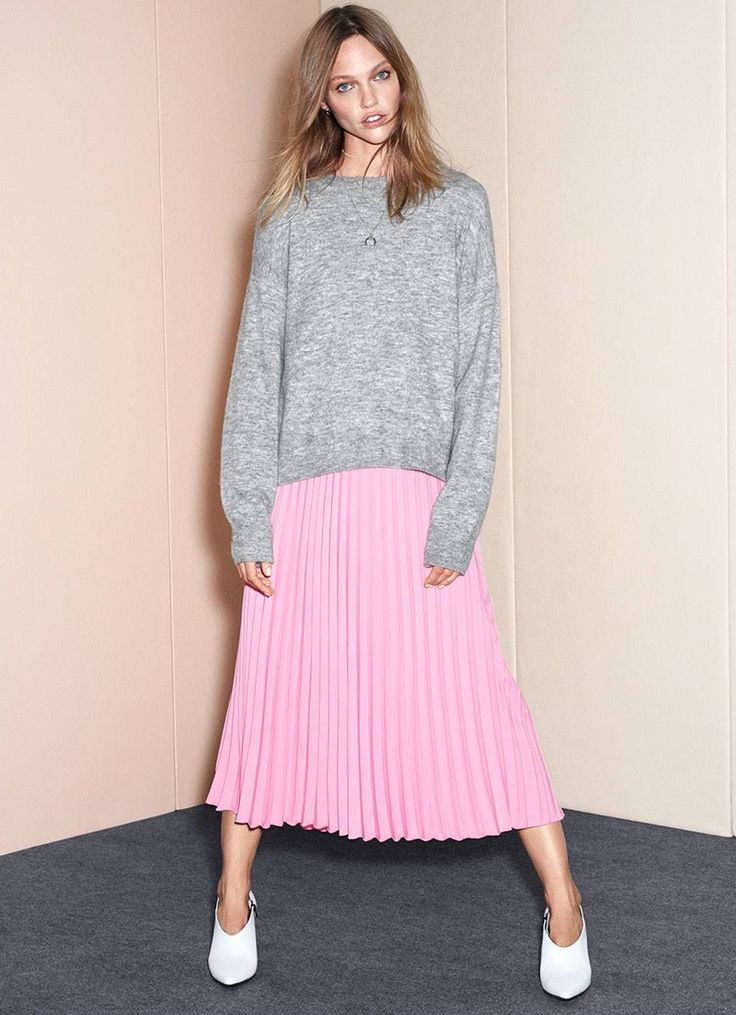 H&M Oversized Sweater, Pleated Skirt and Leather Shoe Boots