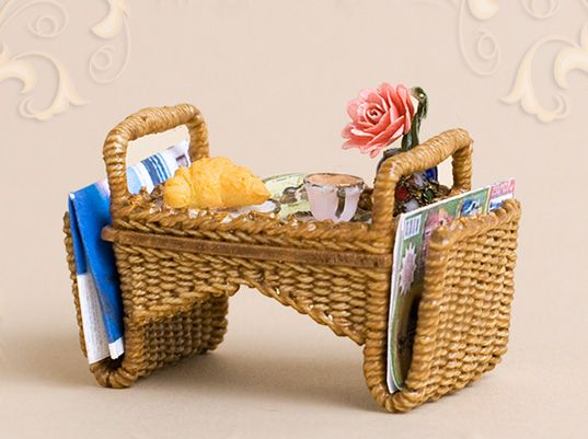 WC/904, wicker, breakfast tray, scale 1 : 12, made by Will Werson.