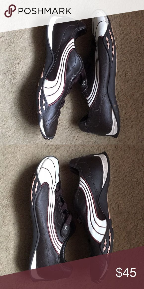 Puma leather shoe Very comfortable foot conforming shoe excellent condition Puma Shoes Athletic Shoes