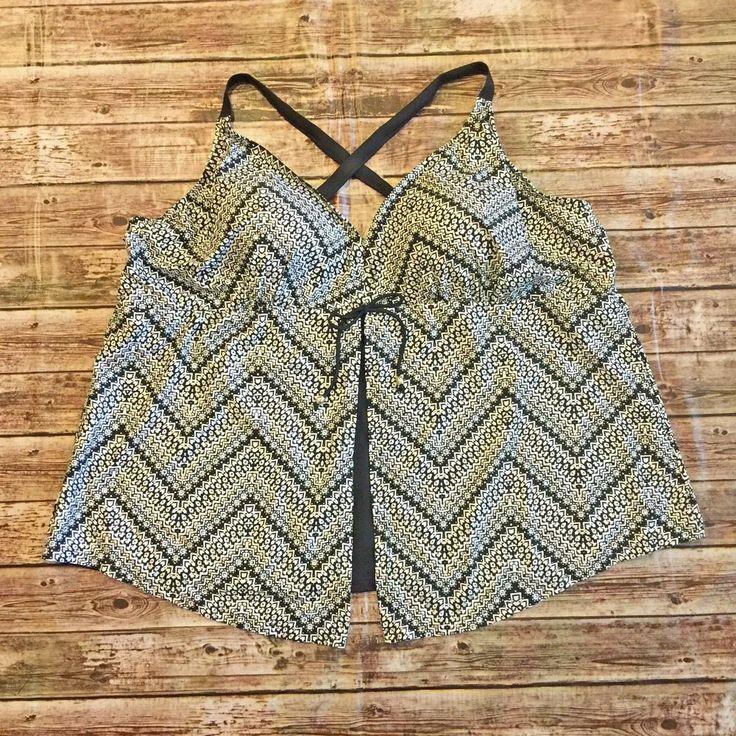 Catherine's Tankini Swimsuit Top Size 34W 6X Black Silver Print Crossback Straps #Catherines #TankiniTop