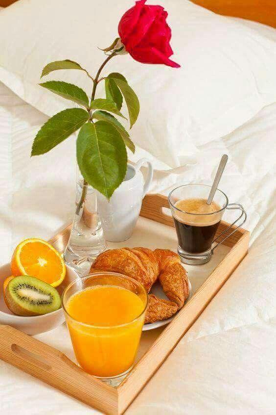 #colazioneitaliana per un buon risveglio  Colazione romantica della domenica mattina...Buona giornata