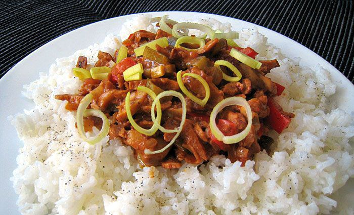 Soté se zeleninou a pekingskými nudličkami | Veganotic