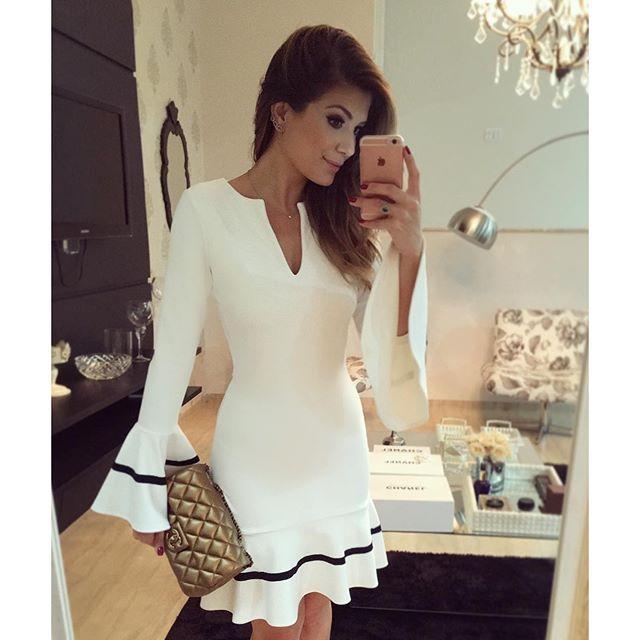 Instagram media arianecanovas - {Night out} De @bambola_siteoficial ❤️ Vestido branco mais lindo pra hoje!! www.bambolarp.com.br • #lookdanoite #lookofthenight #ootn #selfie #blogtrendalert