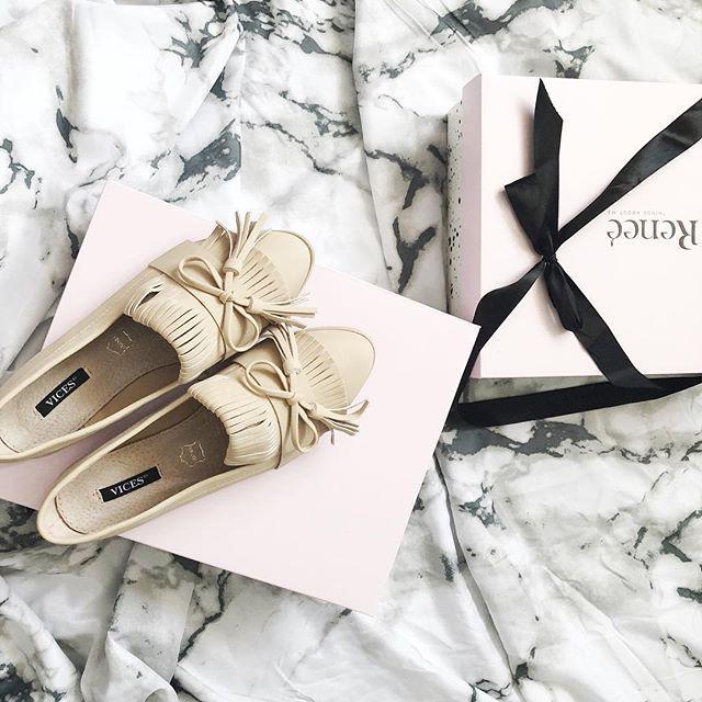 Hej Kochani Jakie Plany Na Sobote Ja Wlasnie Jestem W Drodze Na Uczelnie Takze Weekend Jak Zawsze Intensywnie Za To Wieczor Blog Instagram Instagram Gifts