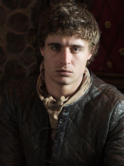 Sébastien has more than a little Max Irons in him...