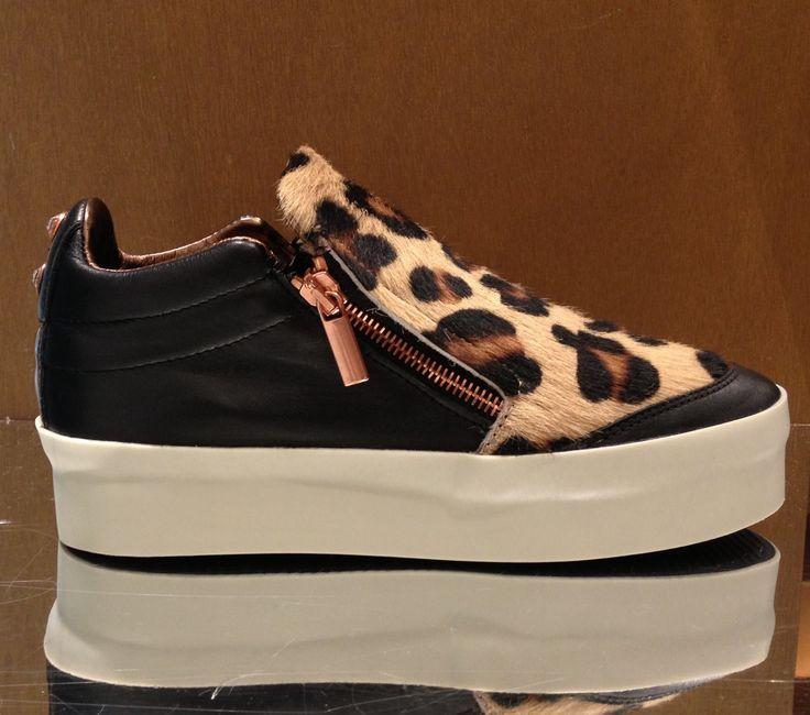 Alexander Smith London #shoes #woman #FallWinter #FolliFollie #Collection
