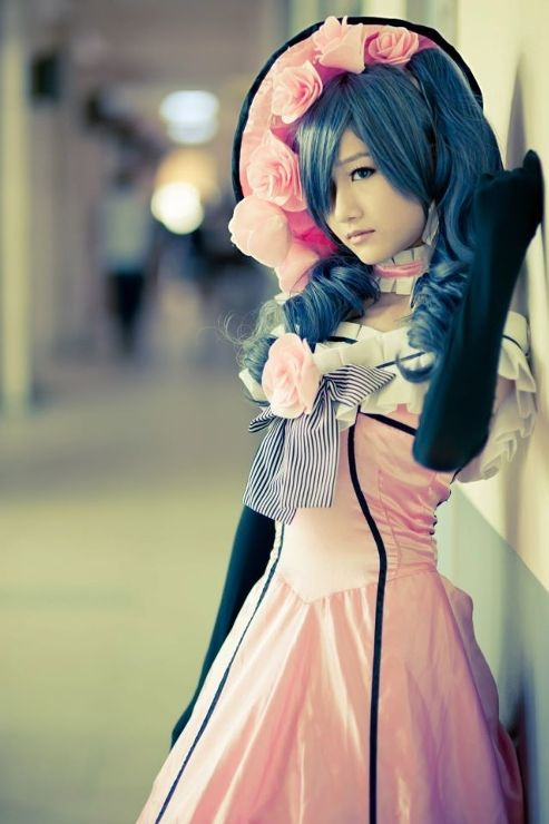 Black Butler Cosplay <3 this is the best ciel cosplay dress ive ever seen...NEED