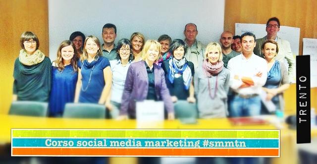 grupo di #smmtn    CORSO DI SOCIAL MEDIA MARKETING: come affrontare il turista 2.0.   Docente: Alessio Carciofi VENERDì 25 MAGGIO A TRENTO    #smmtn