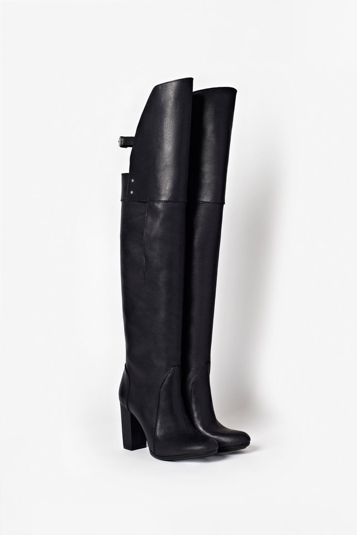 3.1 PHILLIP LIM   ORA - OVER THE KNEE BOOT yes please.