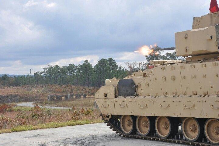 M2A3 Bradley Fighting Vehicle #aviationmechanic