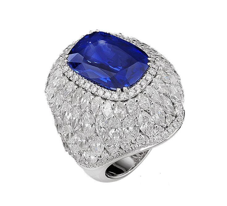 Шикарное украшение для элегантной леди. Роскошный блеск бриллиантов – удивительное зрелище. Золотое кольцо усыпано драгоценными камнями высшего класса. Как бриллиант требует красивой огранки, так и красивая леди требует достойных украшений. Предлагаем Вашему вниманию другие украшения этой же ювелирной марки.