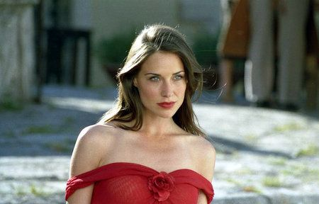 Claire Forlani photos, including production stills, premiere photos and other event photos, publicity photos, behind-the-scenes, and more.