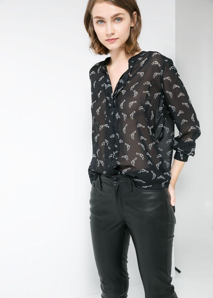 chemise imprim pistolets armes chemises et chemises. Black Bedroom Furniture Sets. Home Design Ideas