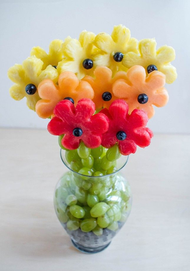 Make your own edible flower arrangement for Mother's Day.