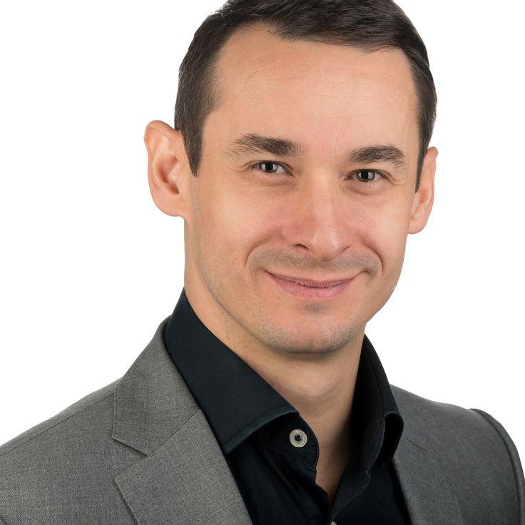 Zoltan Veres - Speaker, Trainer, Coach - headshot, business portrait