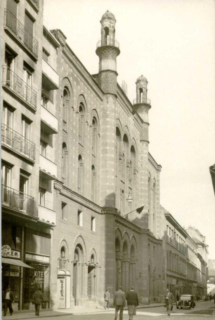 1950 kőrül, Rumbach Sebestyén utcaz zsinagóga.