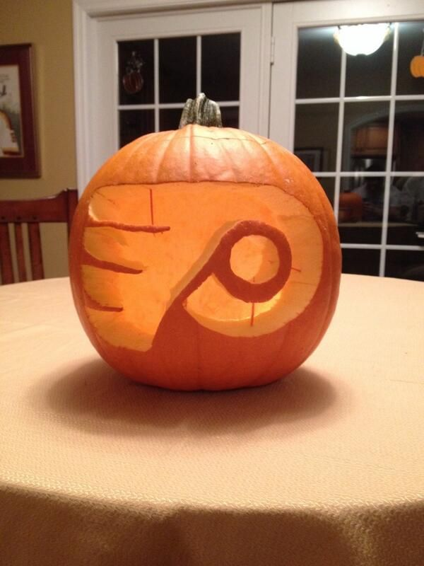 philadelphia flyers pumpkin photo by twitter fan french_frys hockeyhalloween