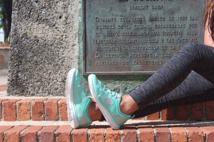BENCH CANADA: MAKING TRAVEL MEMORIES WITH SKECHERS CANADA - TWENTY YORK STREETTWENTY YORK STREET