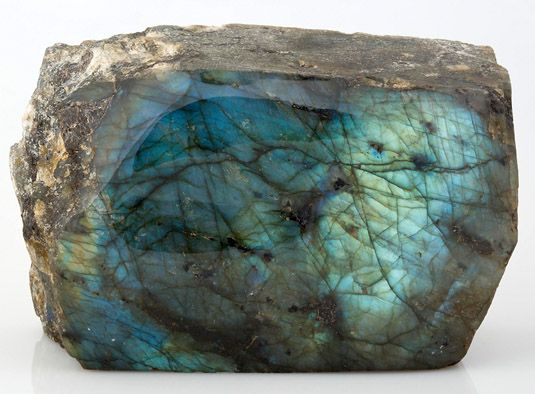 Лабрадорит, минерал