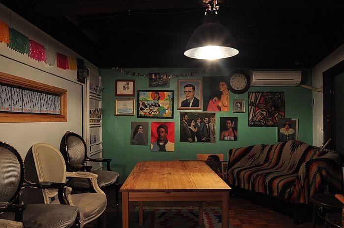 館内はアート作品でいっぱいです。