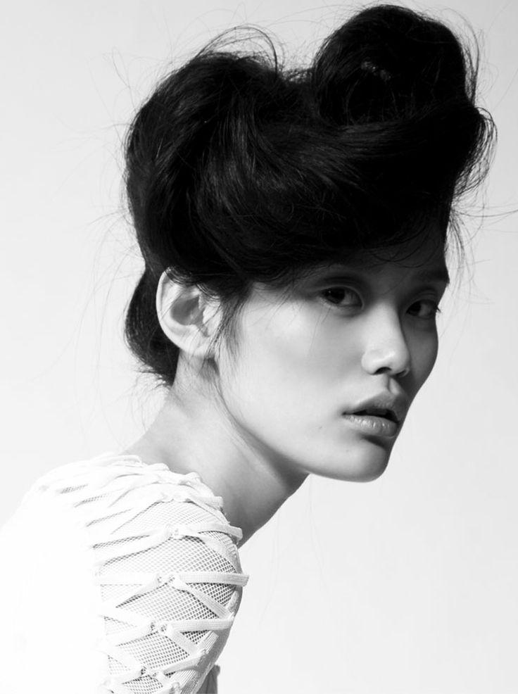 Ming Xi: Hair Ideas, Asian Models, Hair Pelo, Ideas Hair, Black And White, Hair Style, Hairstyles Hair, Hairstyles Ideas, Asian Hair Updo