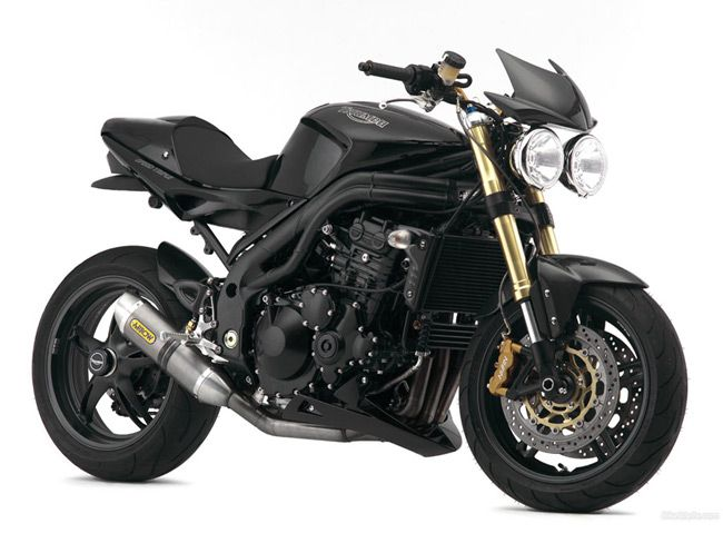 Triumph Speed Triple... Just needs a metal brake reservoir ...and Batman to ride it