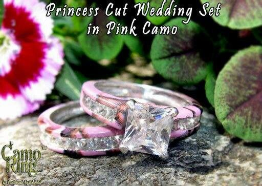 Pink camo wedding rings-thats actually pretty sweet