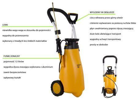 Bardzo wydajny opryskiwacz ciśnieniowy na kołach, z lanca umożliwiającą oprysk roślin, krzewów i niskich drzew. Do użytku domowego jak i ogrodowego. Ciecz wlewana jest przez górny otwór, który jest szczelnie zamykany, co umożliwia utrzymanie odpowiedniego ciśnienia w zbiorniku. Ciśnienie wytwarzane jest za pomocą ruchów tłoka. Ciecz uwalniana jest poprzez dyszę zraszającą (lancę).
