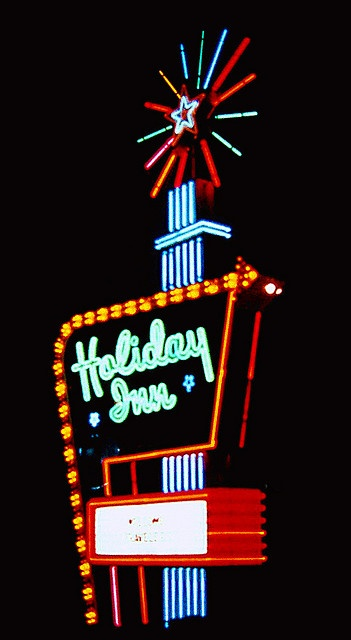 """Holiday Inn's """"Great Sign"""".  This used to be a pretty big deal hotel, way back when."""