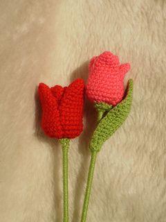 A quick & easy tulip pattern, written in US crochet terms.