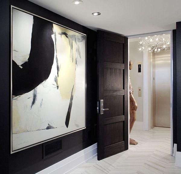 displaying-large-artwork-foyer-rita